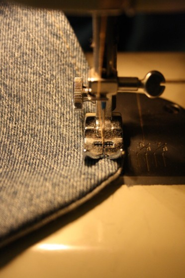 top-stitching around edge of bib