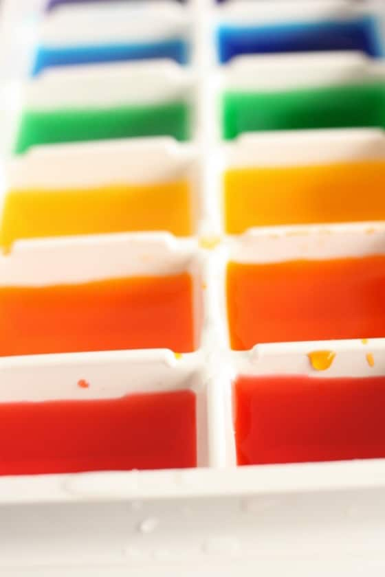 making rainbow ice cubes