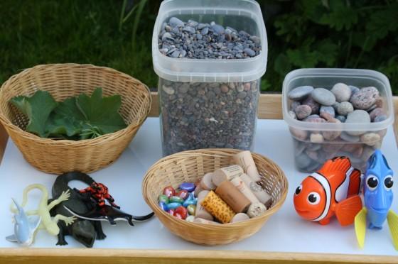 supplies to put in an ocean sensory bin