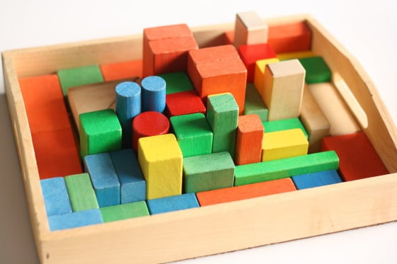 building block challenge - blocks in a tray