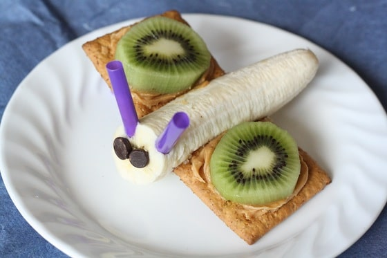 Banana Graham cracker butter fly snack with kiwi