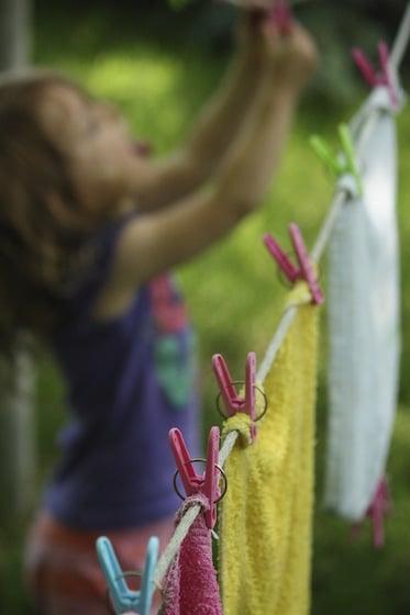 kid's clothesline activity
