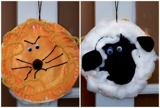 lion and lamb craft hanging from doorknob
