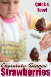 Quick and Easy Chocolate Dipped Strawberries