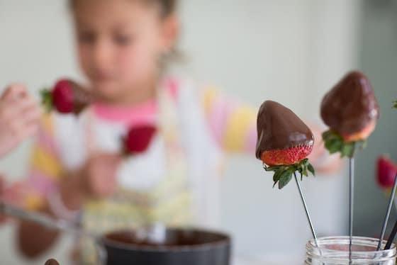 skewered berries dipped in chocolate