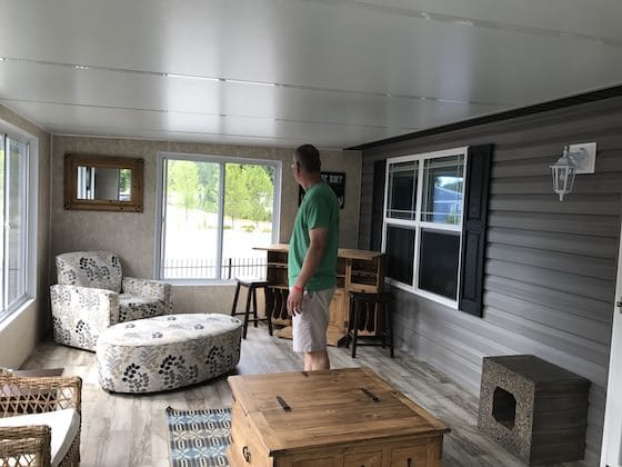 Sun room on mobile home - Sherkston Shores