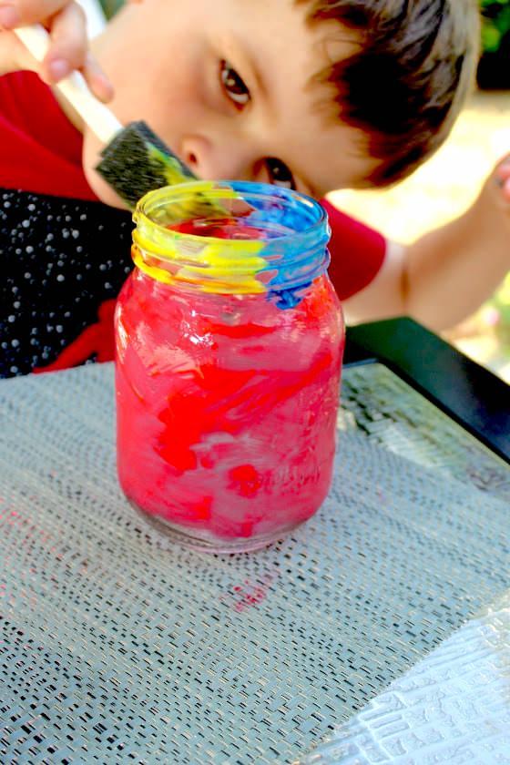 painting mason jar lanterns
