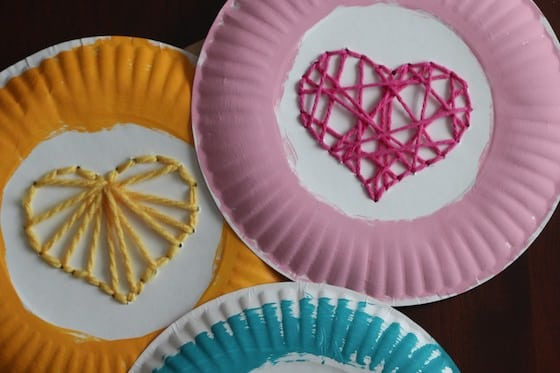 paper plate heart weaving