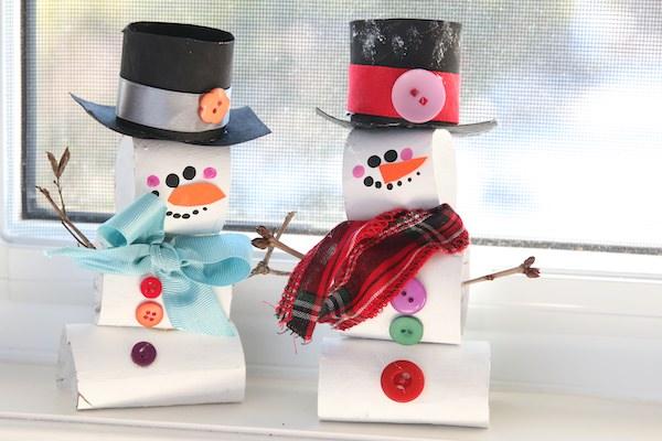 tp roll snowmen on windowsill